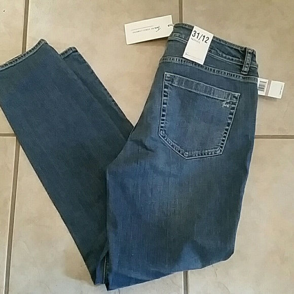 Two by Vince Camuto Denim - New Two by Vince Camuto skinny distress jeans